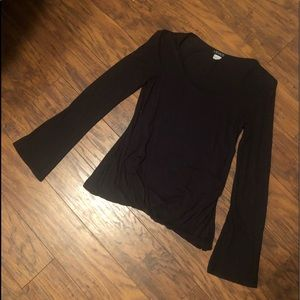 Venus tag cut out but size small bubble bottom top